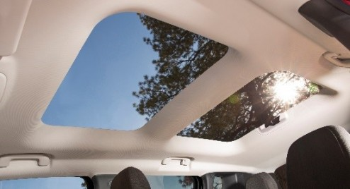 Photo from Jeep Blog.  The My Sky is a really cool option!